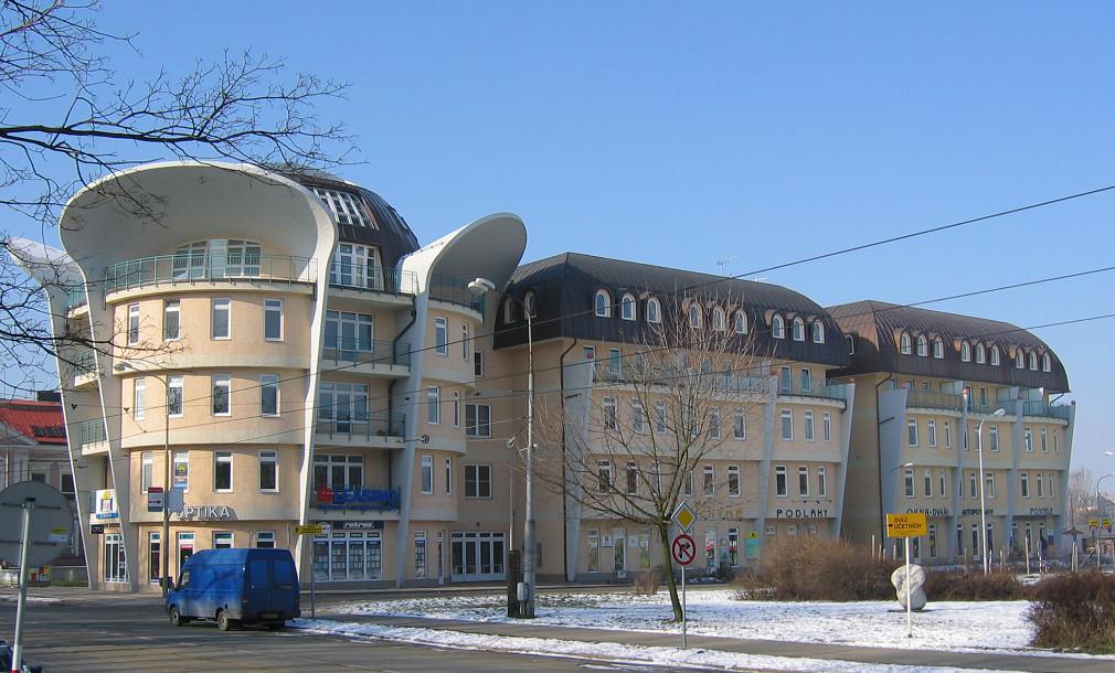 Ušatý dům Wellnerova Olomouc 02